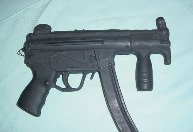 Peter Hassall - MP5 (Heckler and Koch)